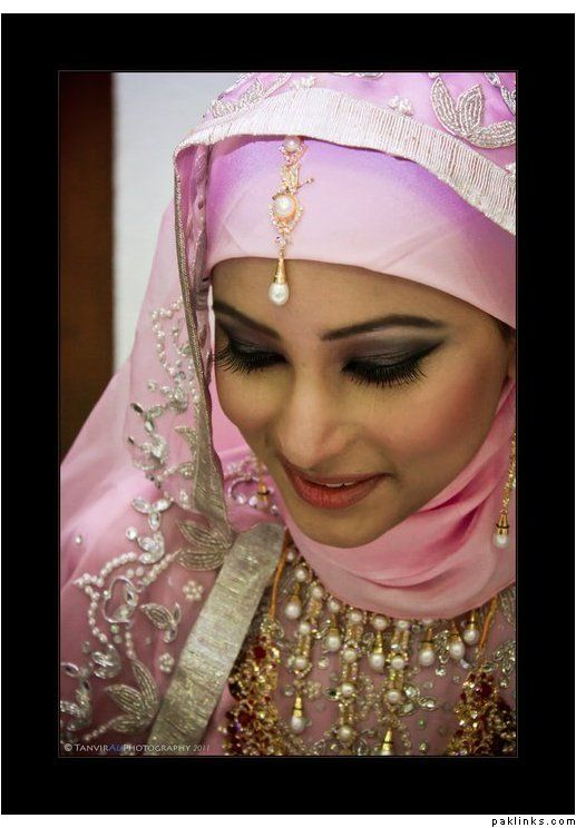 Pin by Raisa Rafa on hijabi brides & Mehendi designs from