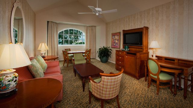 Disney S Grand Floridian Resort Spa Outer Building 1 Bedroom Suite 2 Queen Beds And