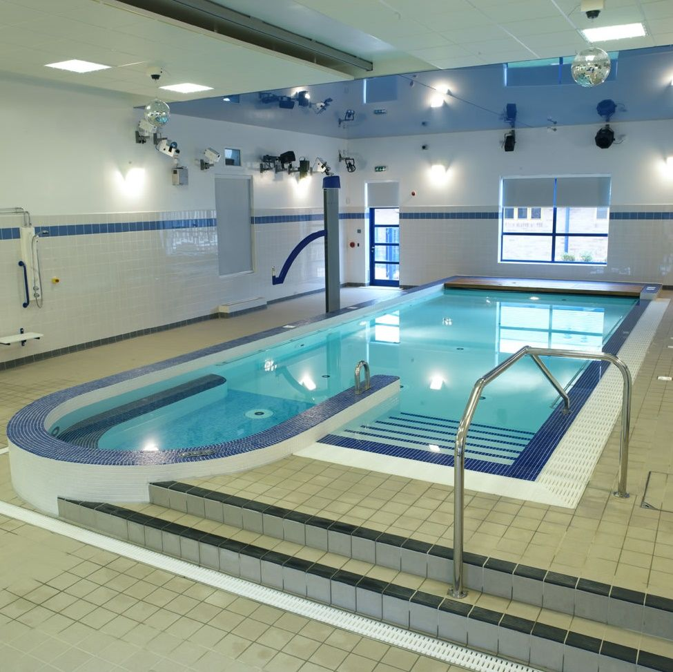 Glamorous Indoor Swimming Pool with Affordable Budget - http ...