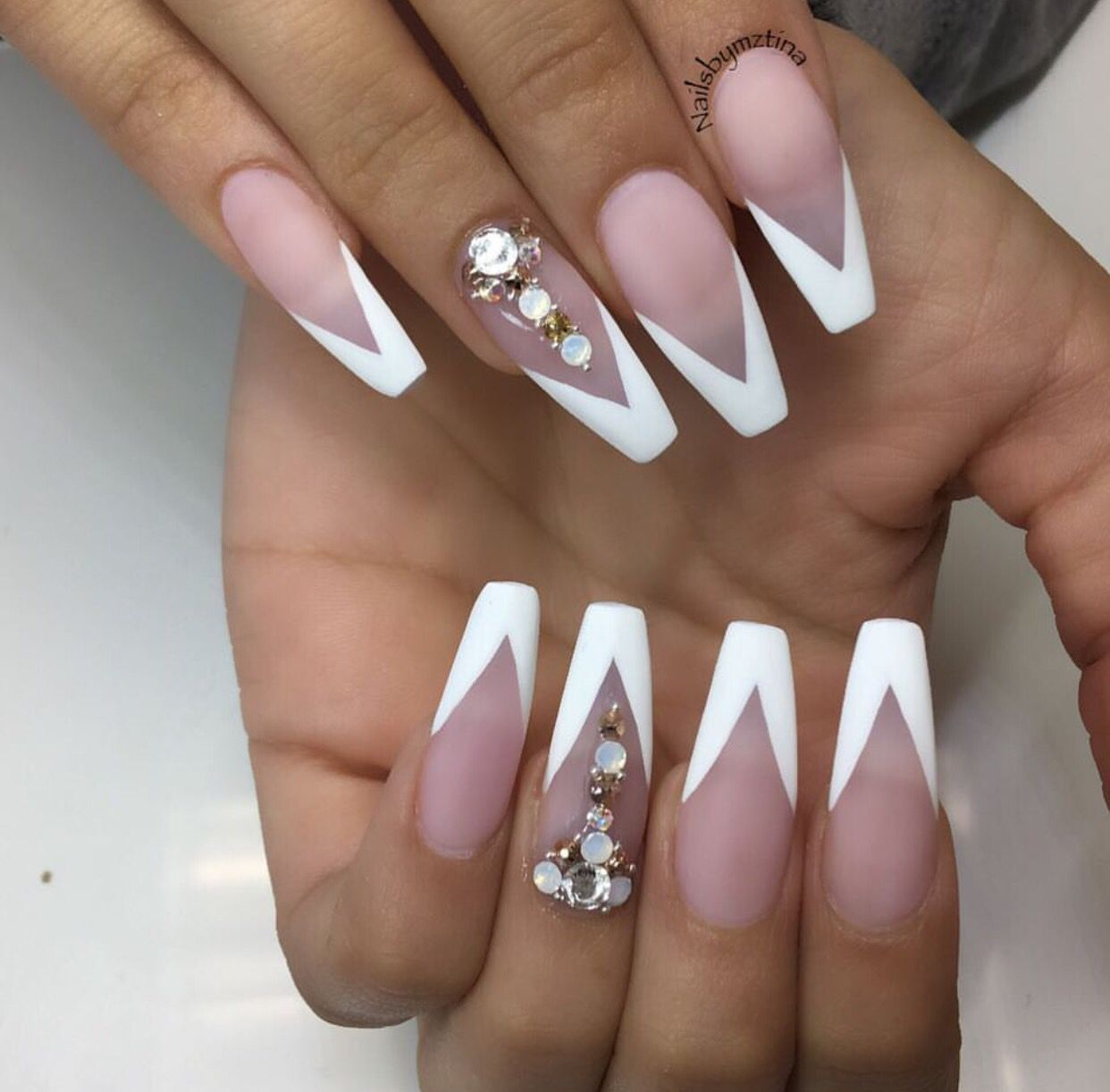 White Tip Vee Coffin Shape Nails Coffin Nails Designs French Tip Nails
