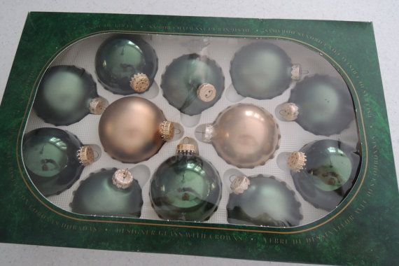Offered is one dozen of shiny forest green, satin forest green, and satin gold Christmas Tree decorations. Each glass Christmas ball