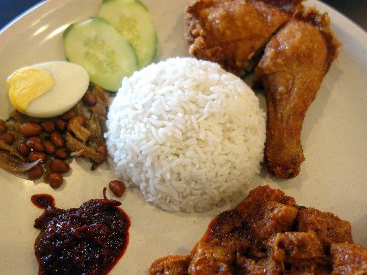 Brilliant Nasi Lemak House At Damansara Utama Restaurant Review Nasi Lemak Restaurant Restaurant Review