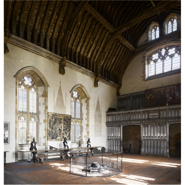 Penshurst Place The Great Hall Large Windoes High Timber Roof Fire At Centre Looking Toward Palace Interior Hampton Court Palace Interior Castles Interior