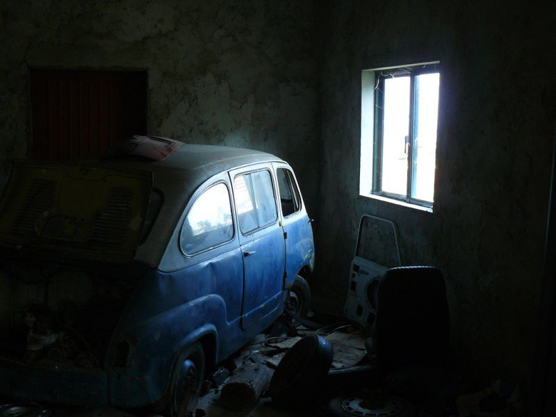 Abandoned Fiat 600 Multiplas (Location Unknown)