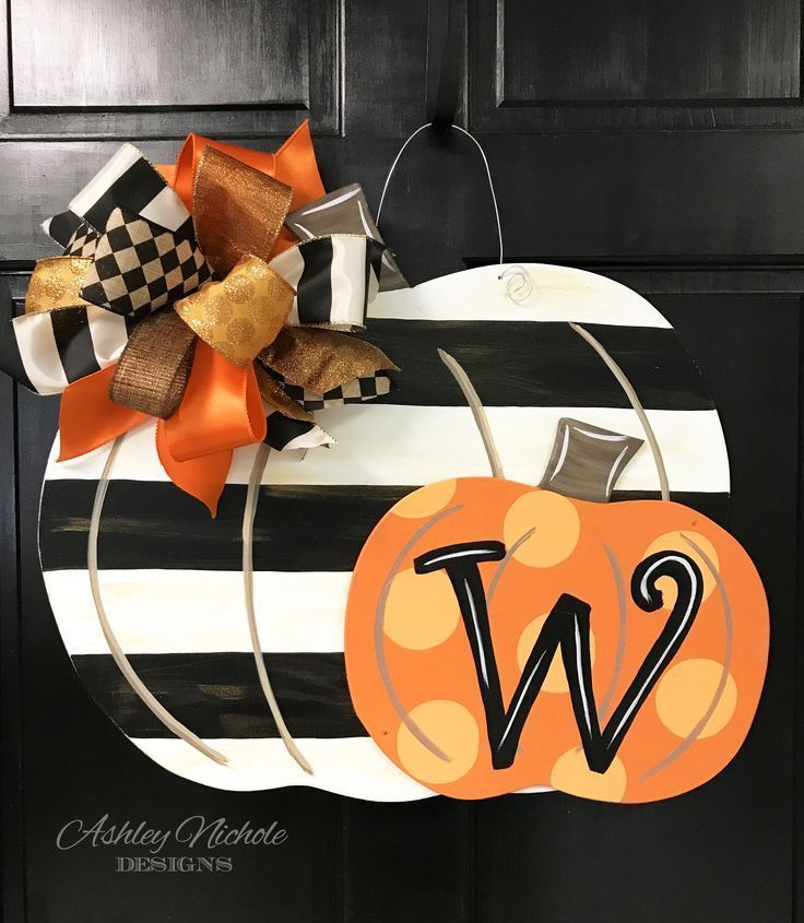 Double Pumpkin – Black Stripe & Orange – Door Hanger