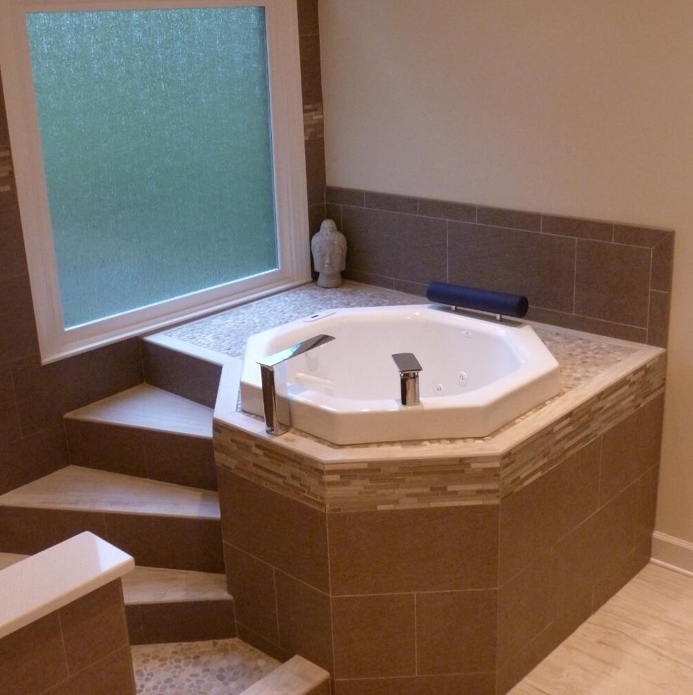Nagano Bathtub by Neptune  Salle de bains moderne