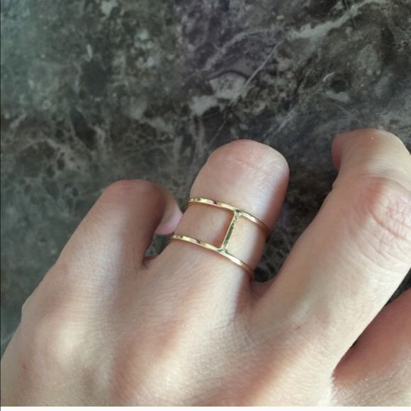 Sophie Harper Ring Double Bar Ring in Gold Size: 7 Jewelry Rings