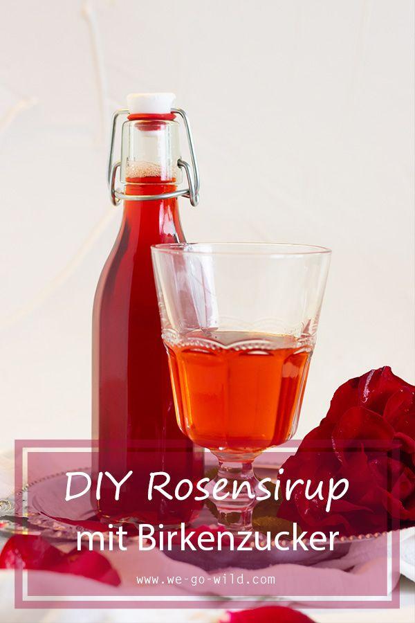 Schnell, einfach und mega lecker - Dieses Rosensirup Rezept wirst du lieben! #rosensirup #rosen #sirup