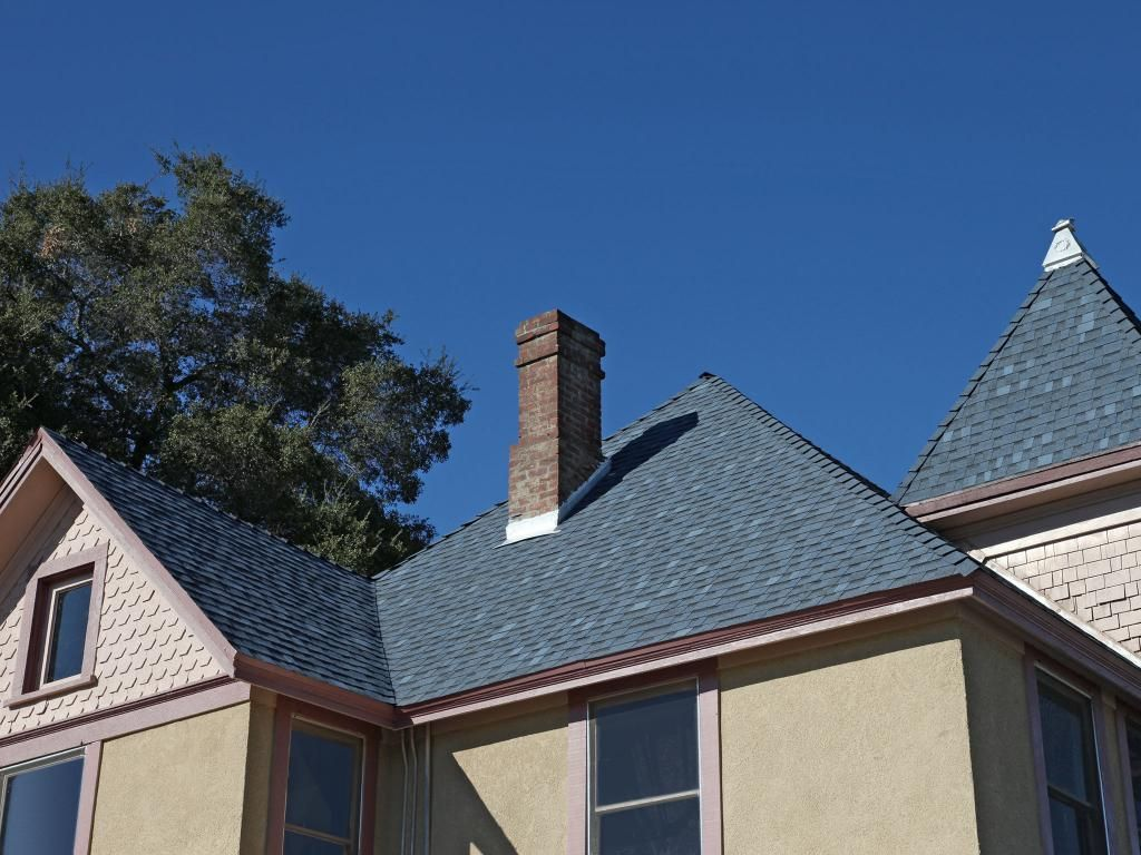 PABCO Premier In Mocha | Laminated Fiberglass Shingles | Beauty Image  Gallery | PABCO Roofing Products #AsphaltShingles #RoofingShingles #Tacoma  #u2026