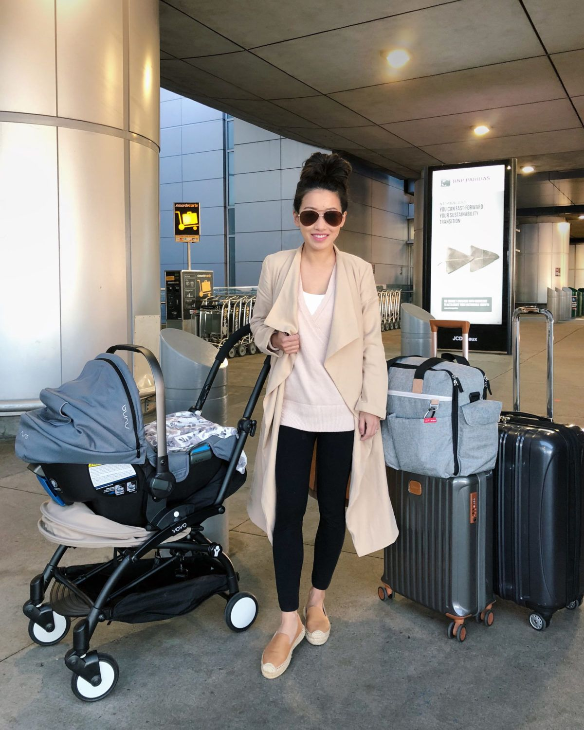 breastfeeding nursing friendly travel outfit for airport 1f65f98042d53