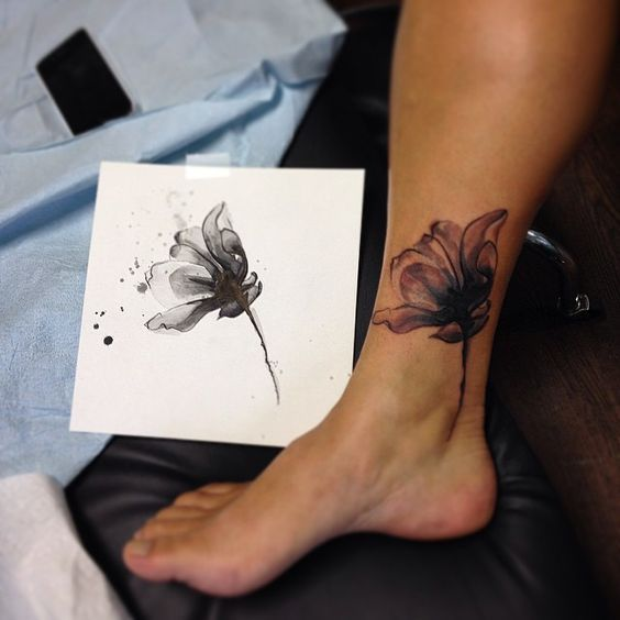 It's a cover up! And, a rad x-Ray tulipish flower! By Tarah #tattoo…
