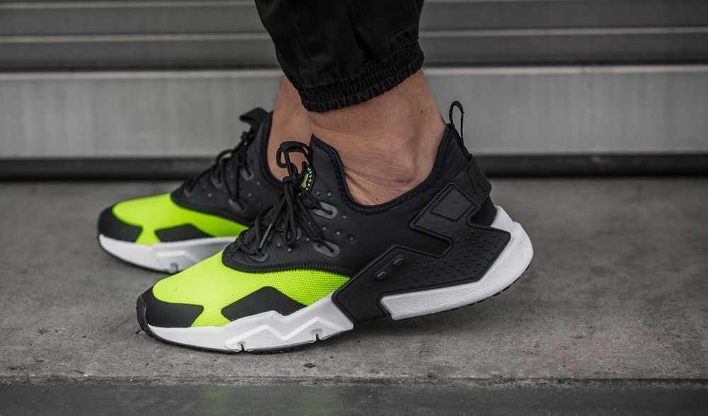 best cheap 69c6b 1083a NIKE AIR HUARACHE DRIFT VOLT, BLACK   WHITE SNEAKERS ALL SIZES  Nike   RunningShoes