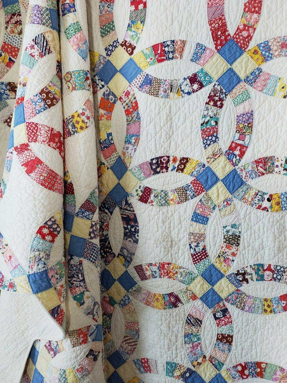 47 Amazing Vintage Wedding Ring Quilt Ideas Quilts Wedding Ring Quilt Vintage Quilts