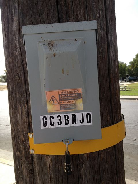 Electric box on Telephone Pole | geocaching-containers, ideas, fun