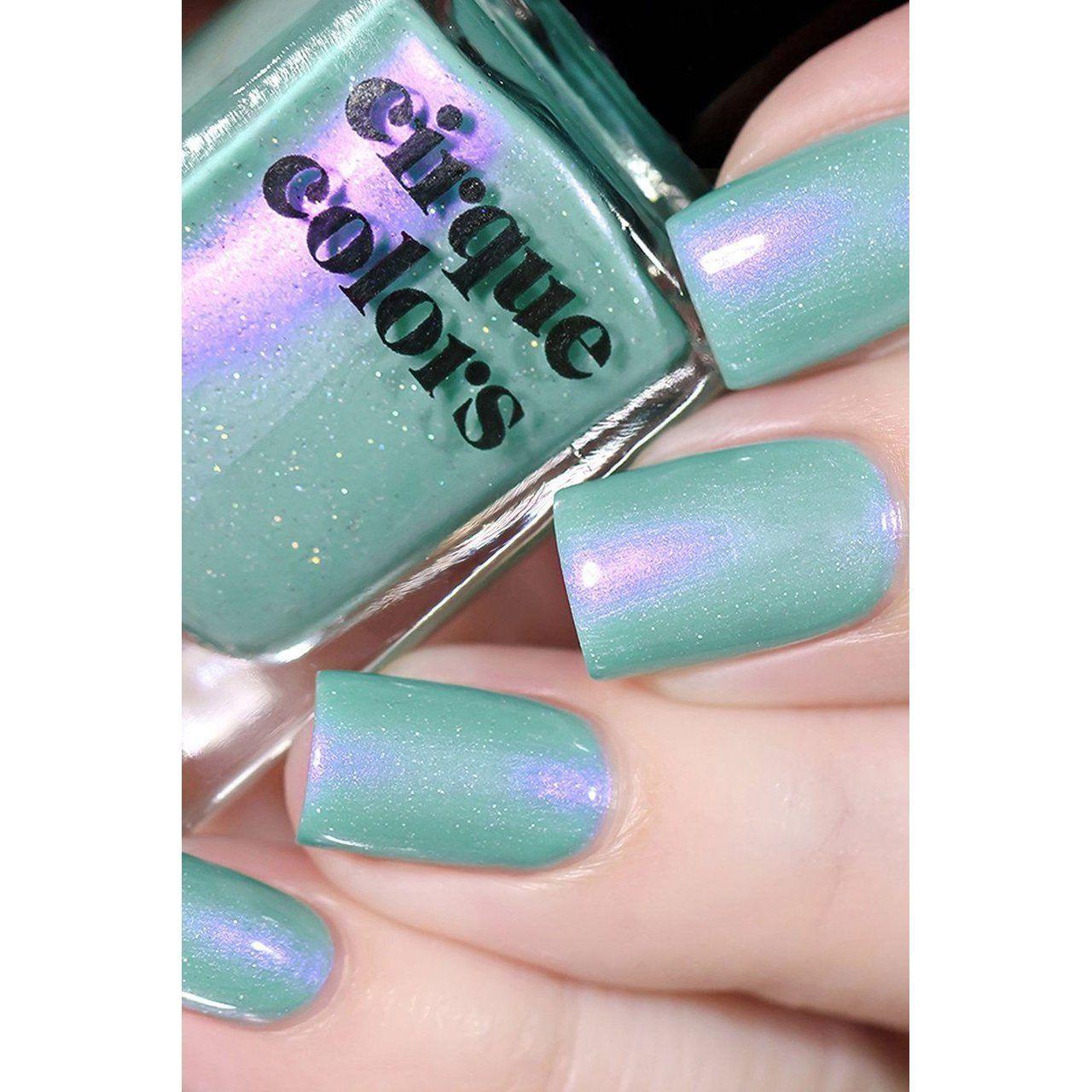 Cirque Colors Nail Polish Paradiso 0 37 Oz In 2021 Mint Green Nails Mint Green Nail Polish Iridescent Nail Polish