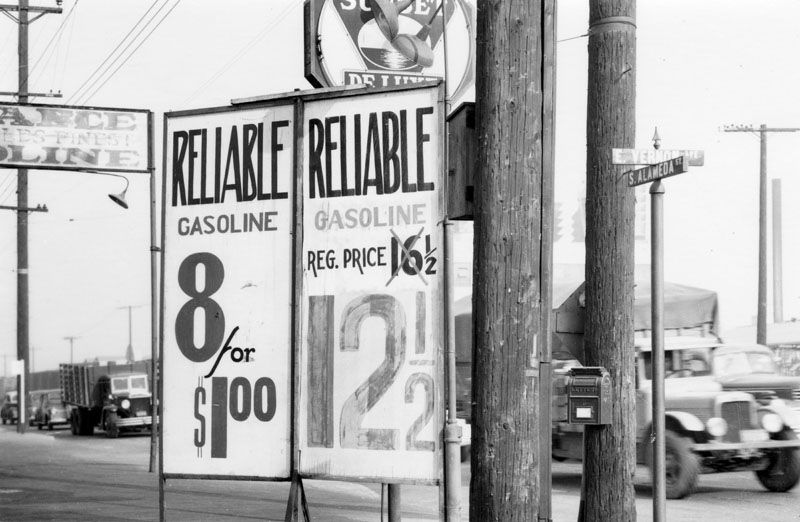 1941 Postcard View Shows Gas Prices Advertised At The Service Station 8 Gallons For One Dollar With Full Serv Gas Prices Old Gas Stations Service Station