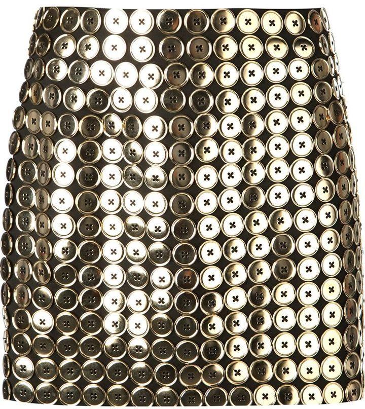 €1,377, Minifalda con Adornos Negra de Moschino. De farfetch.com. Detalles: https://lookastic.com/women/shop_items/87090/redirect