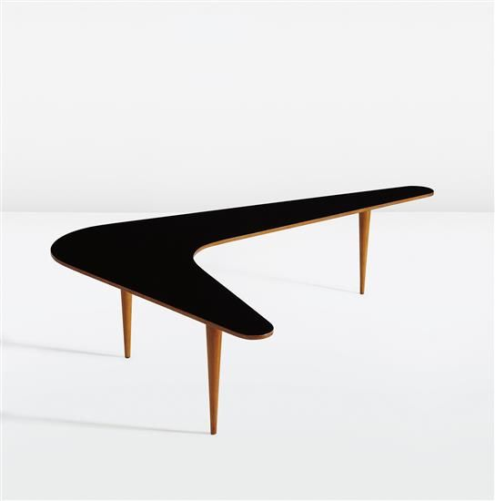 """JEAN ROYˆRE """"Boomerang"""" coffee table circa 1957 Lacquered wood oak"""