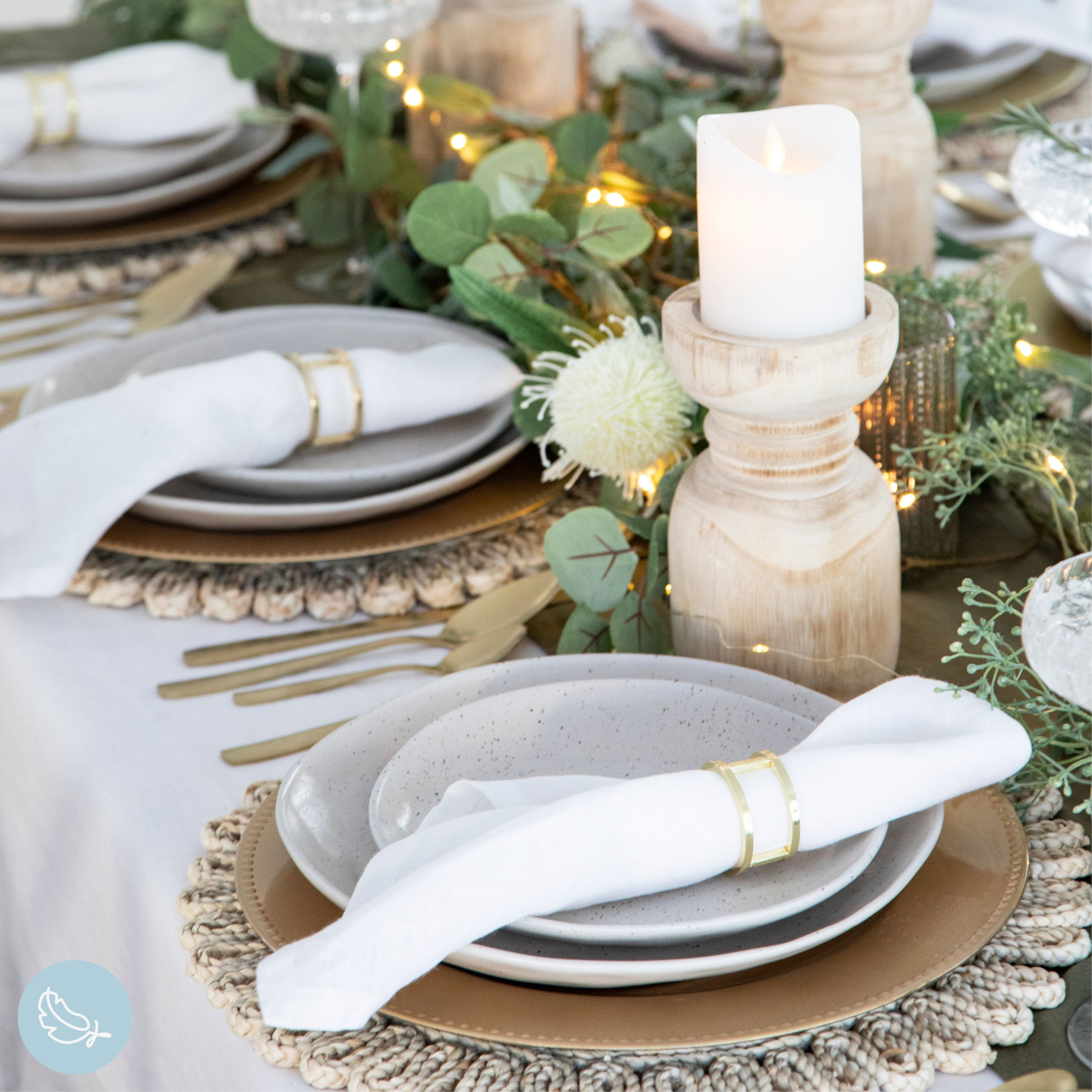 Create your dream Christmas table with green garlands, fairy lights, candle holders and table linen! #christmas #xmas #gifts #christmasdecor #xmasdecor #christmasdinner #christmastable #christmashome #christmasstyle #holidaydecor #holidaygifts #holiday #christmasshoppingonline #holidayparty #christmasdecorations