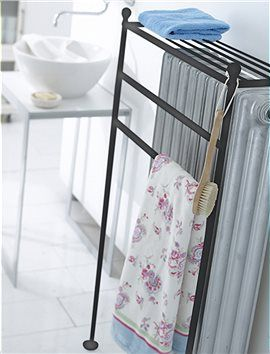 Radiator towel rack | Court House Remodel | Handtuchhalter ...