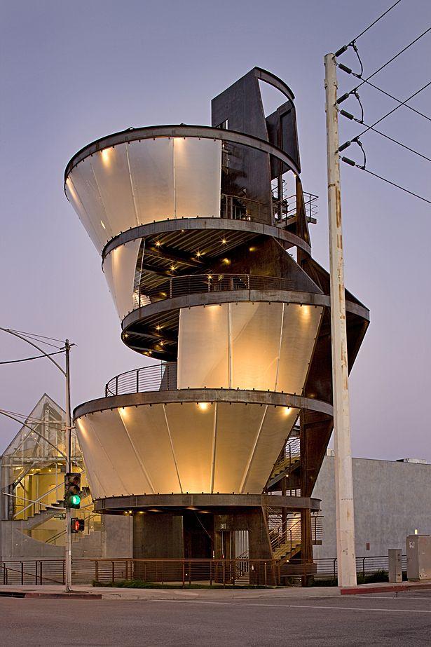 Samitaur Tower / Eric Owen Morris Architects, CA