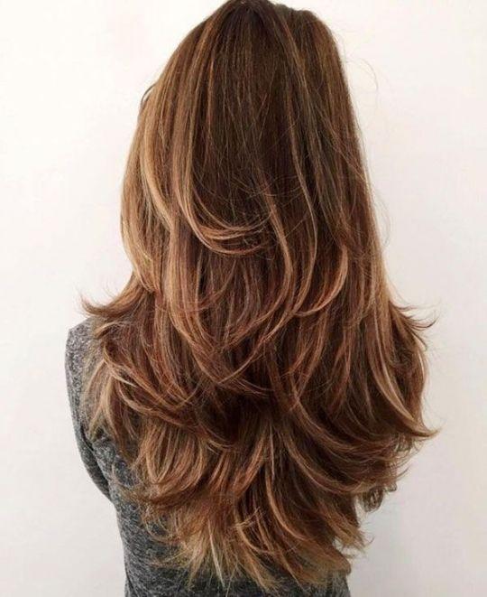 Coupe de cheveux long pour femme
