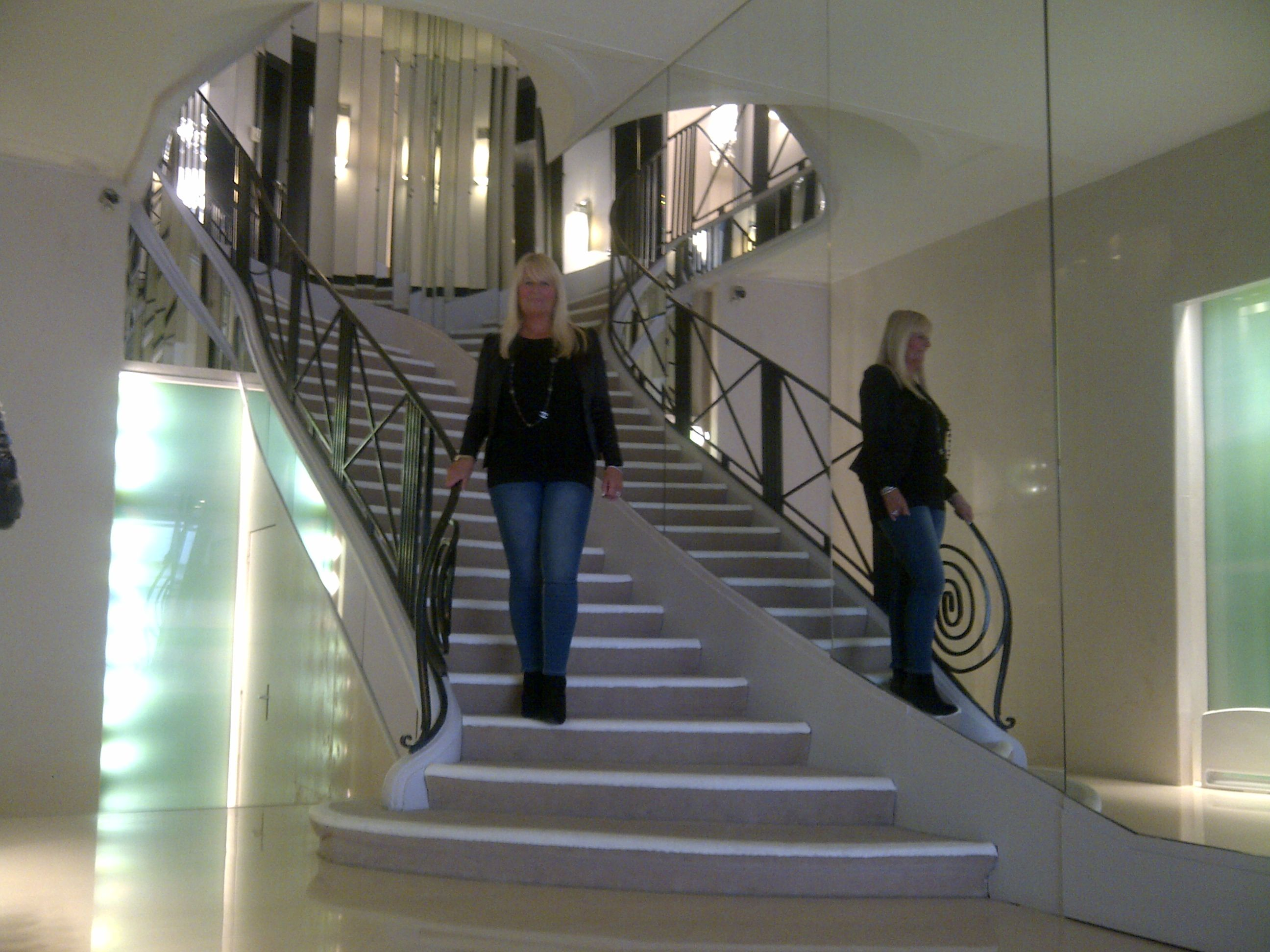 My visit to Coco Chanel's atelier and apartment, 31 Rue Cambon, Paris - and I got to descend the iconic staircase