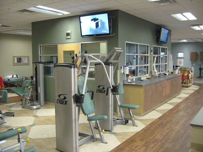 Rehab gym designs center offers comprehensive for Physical therapy office layout
