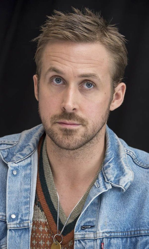 Every Ryan Gosling Haircut How To Get Them Ryan Gosling Haircut Ryan Gosling Hair Ryan Gosling Beard