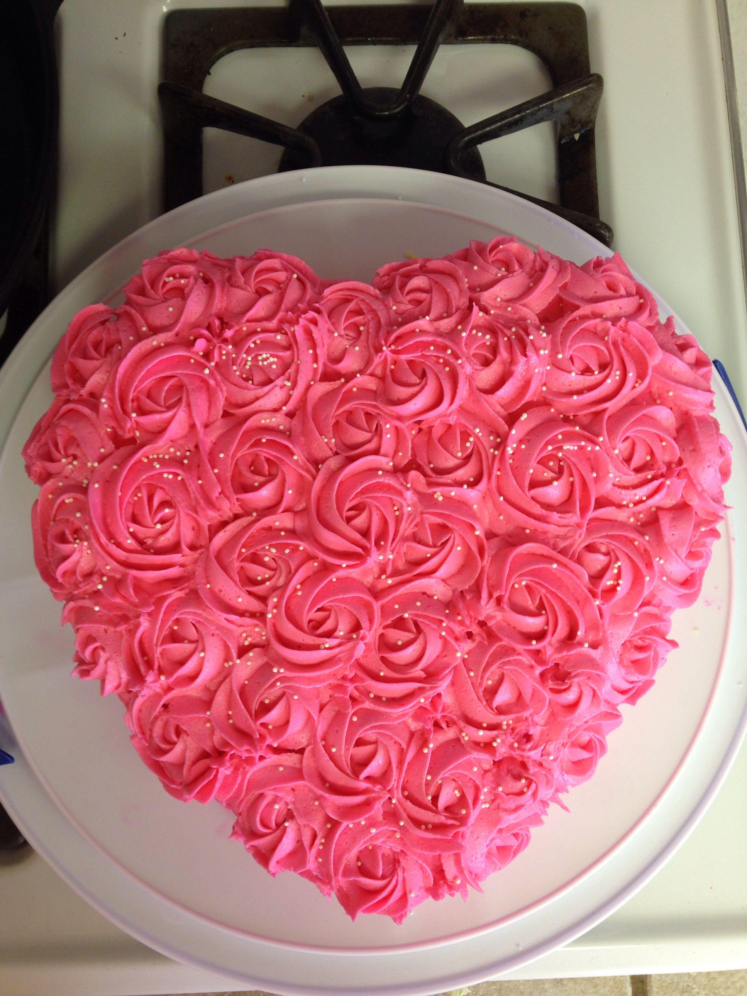 heart shaped rosette cake cake ideas rosette cake. Black Bedroom Furniture Sets. Home Design Ideas