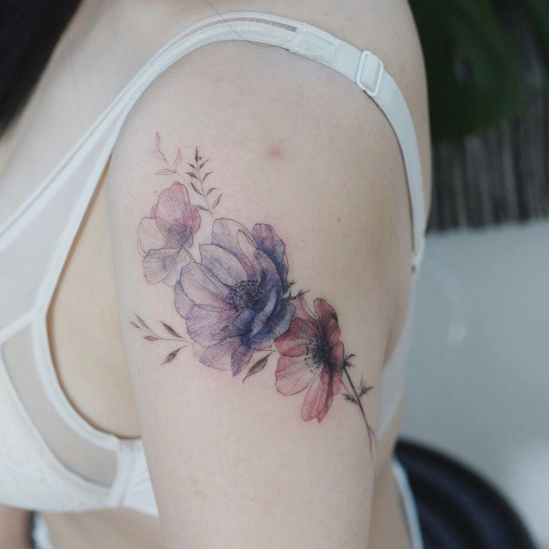 Gefallt 5 678 Mal 16 Kommentare 타투이스트 꽃 Tattooist Flower Auf Instagram Cover Up Anemone Flower Tattoos Body Art Tattoos Flower Tattoo On Side