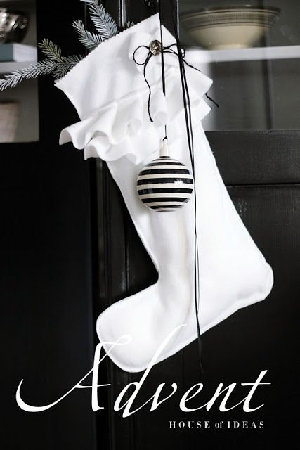 black white make these stockings for my black white theme grau wei pinterest. Black Bedroom Furniture Sets. Home Design Ideas
