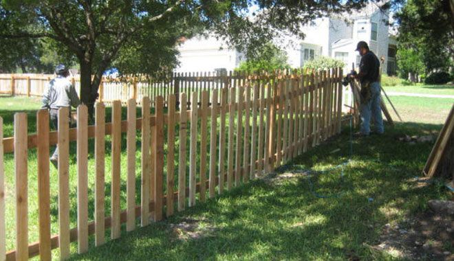 4 Foot Cedar Picket With 4 Inch Picket Wood Fence Fence Design Wood Picket Fence