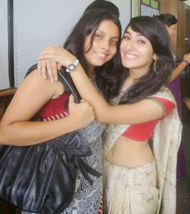 Desi Indian Beautiful Local Hindu Girls In Hot Poses