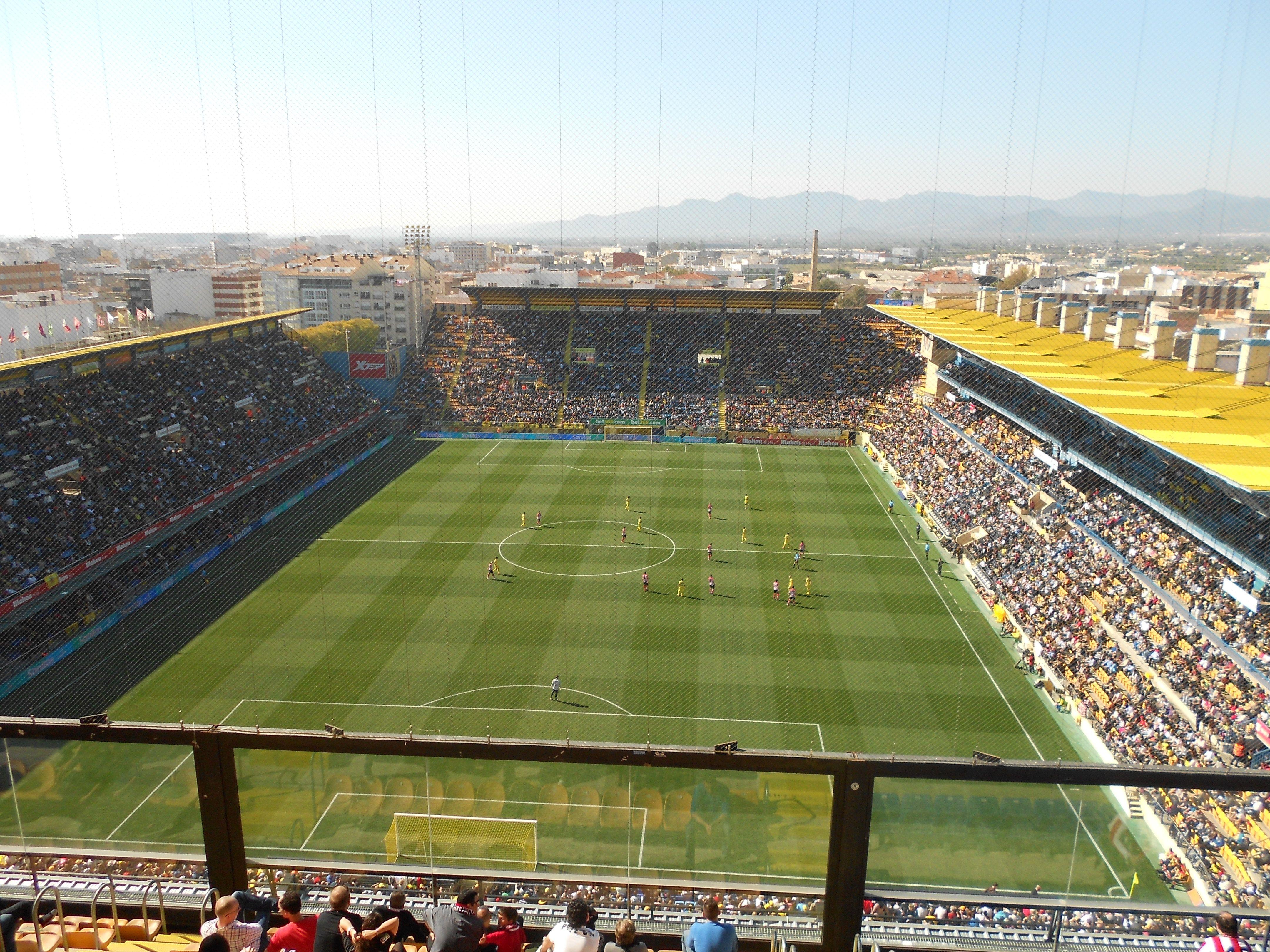 Villarreal C.F. - Athletic Bilbao from the away end. | Villarreal cf,  Soccer field, Bilbao