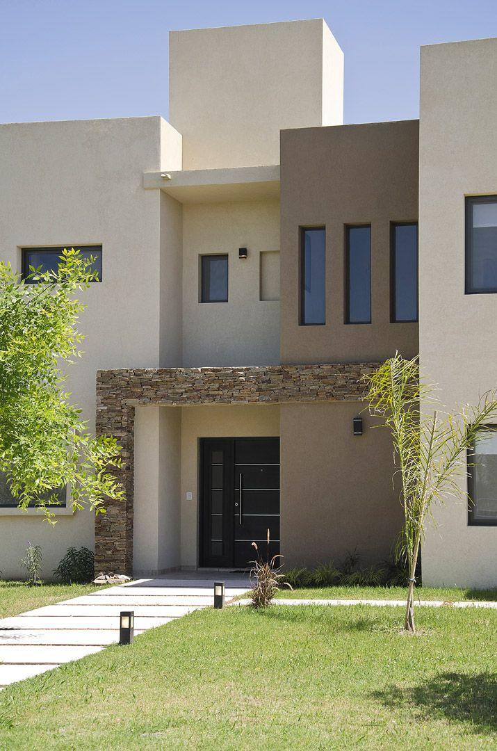 Seratti y saviotti arquitectos casa 10 en 2019 house and living colores casas exteriores - Pintar exterior casa ...