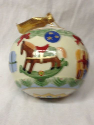 VILLEROY-amp-BOCH-TOY-039-S-ROUND-BALL-CHRISTMAS-TREE-ORNAMENT-WITH-BOX-ROCKING-HORSE