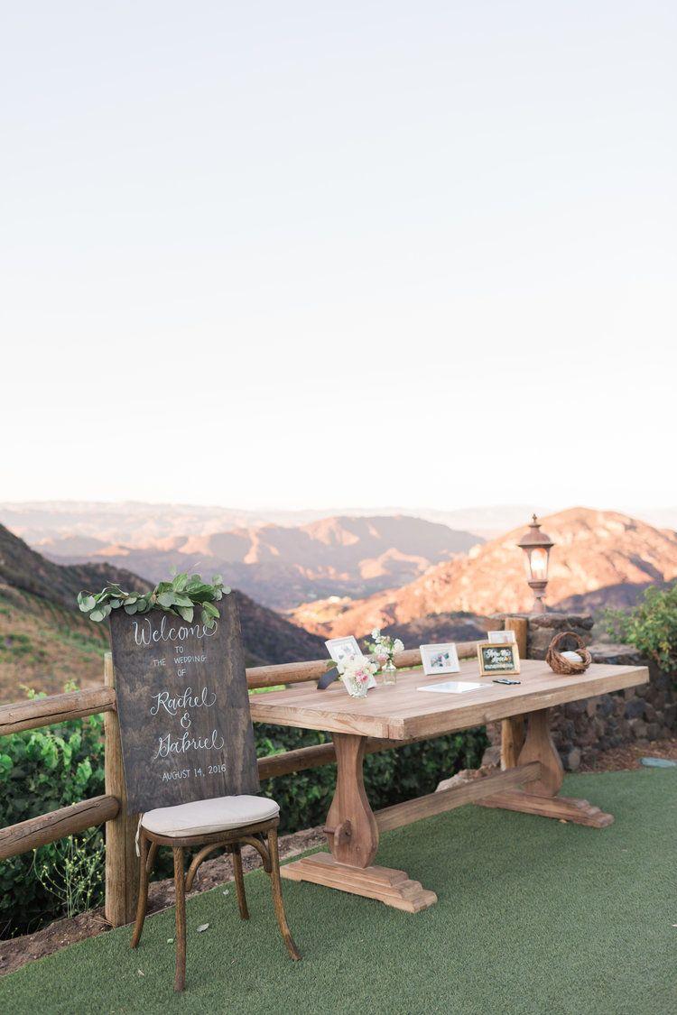 Outdoor welcome table Outdoor welcome table