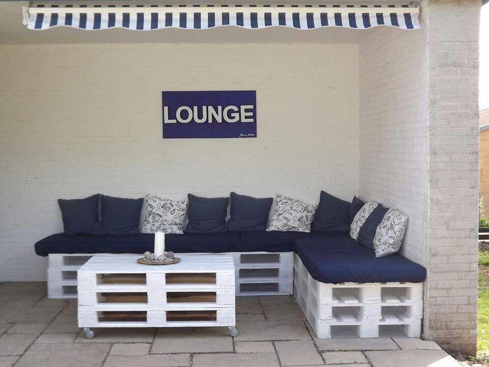sitzecke aus europaletten joyce factory schmuck. Black Bedroom Furniture Sets. Home Design Ideas