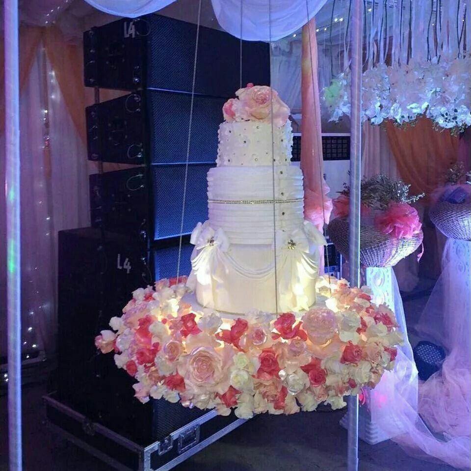 Cake in a swing