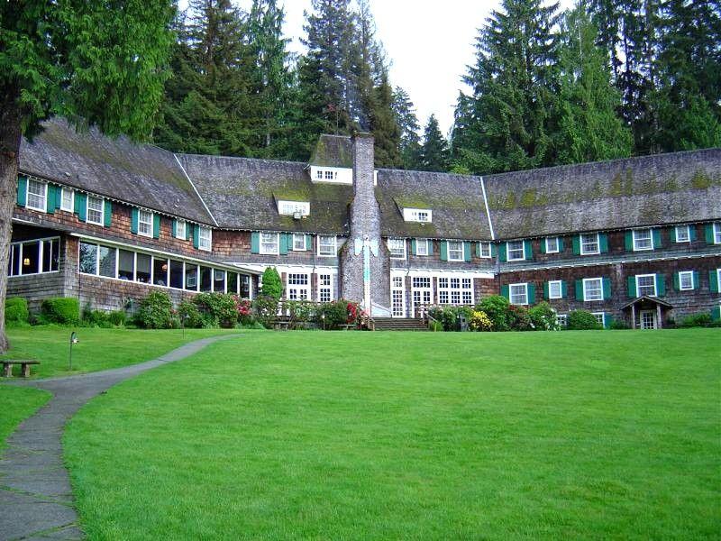 Lake Quinalt Lodge, Olympic National Park, Washington | Places I ...