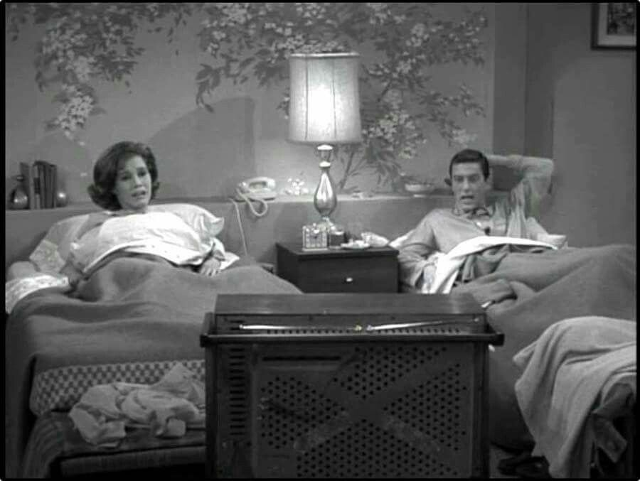 Mary Tyler Moore | Couple sleeping, Bed, Classic television