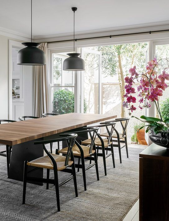 3 Home Decor Trends For Spring Brittany Stager: A Colorful Beachside House In Australia