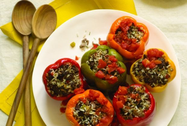 Stuffed Peppers Recipe Stuffed Peppers Beef Recipes Kosher Cooking