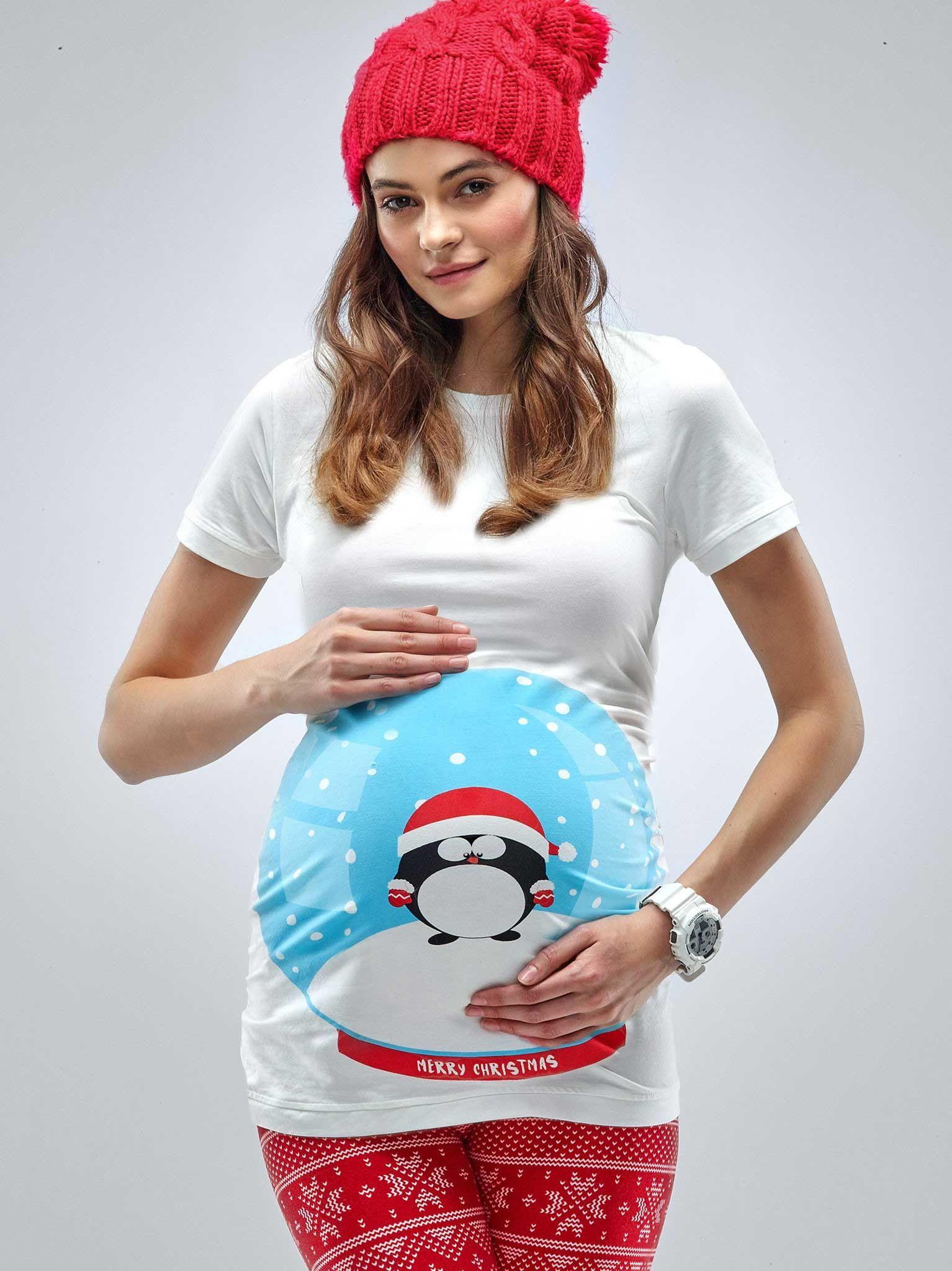 4edd1839 Snow Globe Maternity Christmas T-shirt Pregnancy Stages, Maternity Tees, Maternity  Fashion,