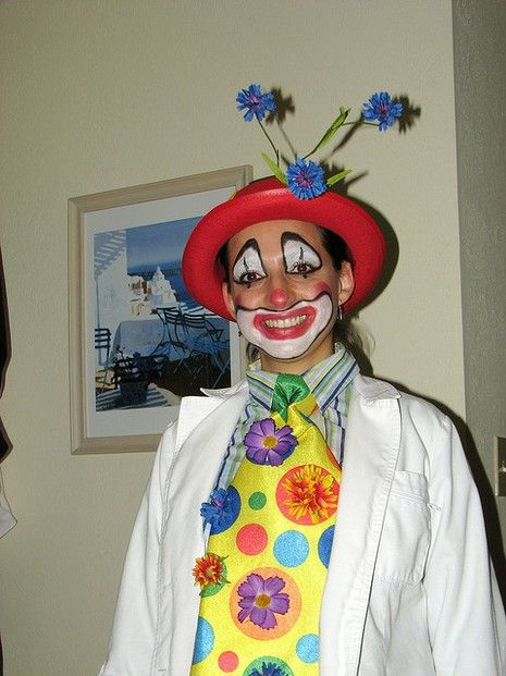 Clown Costume & Halloween Costumes to Make at Home | Costumes Halloween costumes ...