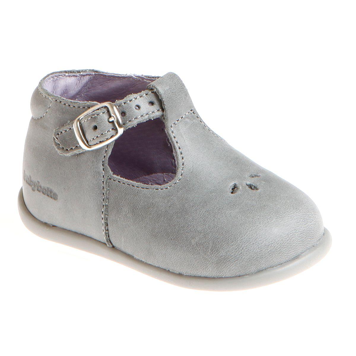 b37d053e018c6 Sandales 1ers pas Babybotte New Papouille nubuck gris 73€ Chaussures De  Marque