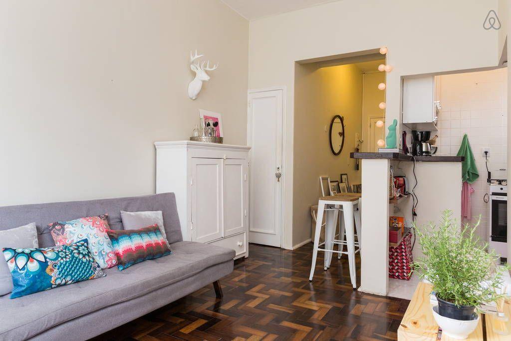 Ganhe uma noite no Cozy Apartment in Leblon - Apartamentos para Alugar em Rio de Janeiro no Airbnb!