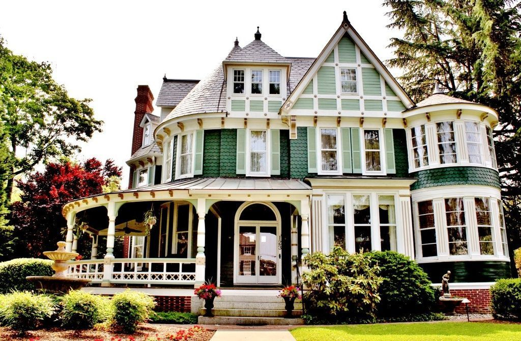 9 Wild Whimsical Completely Over The Top Victorian Houses For Sale Victorian Houses For Sale Victorian Homes Victorian Style Homes