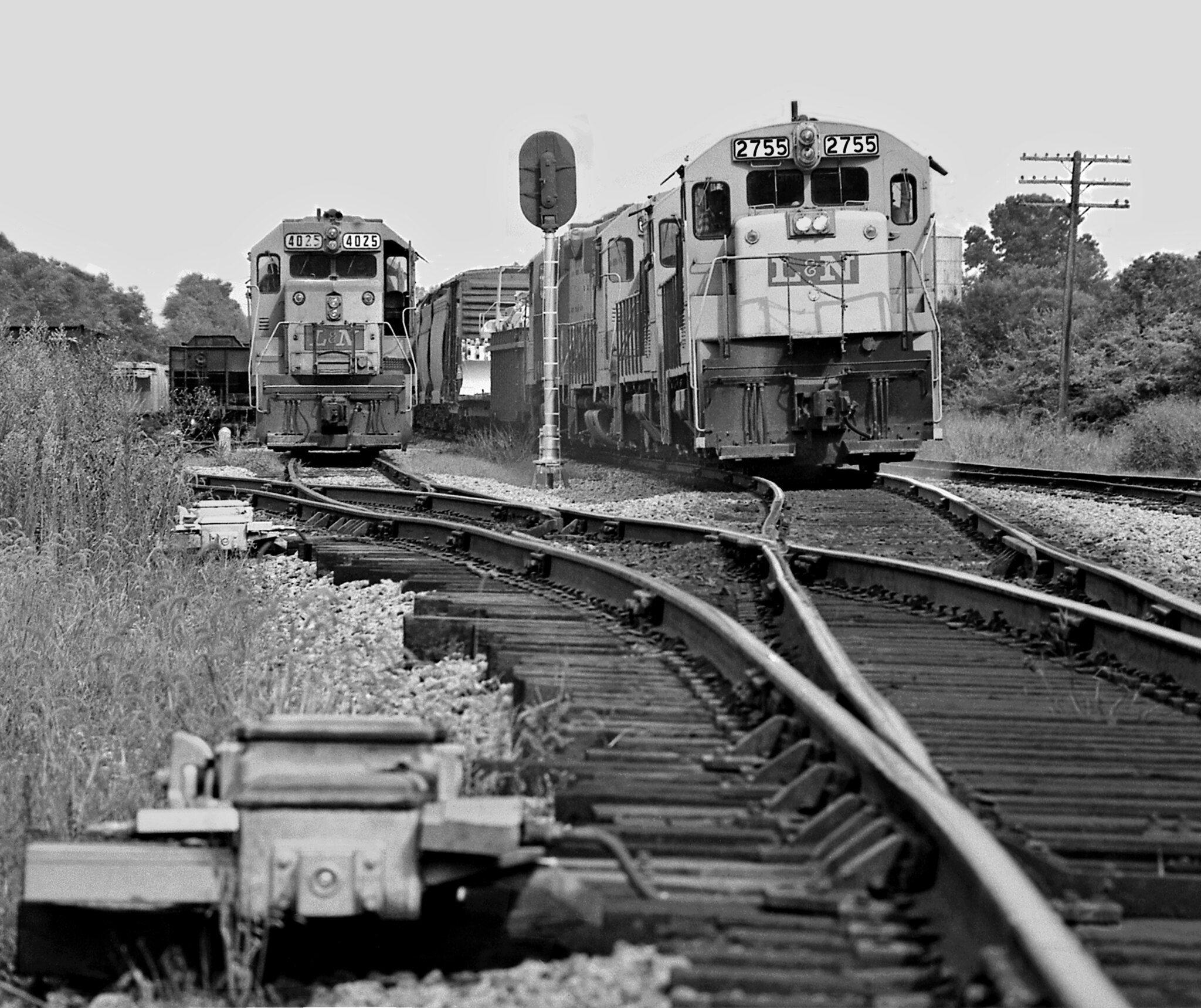 L&N, Cowan, Tennessee, 1965Chattanooga-bound Louisville